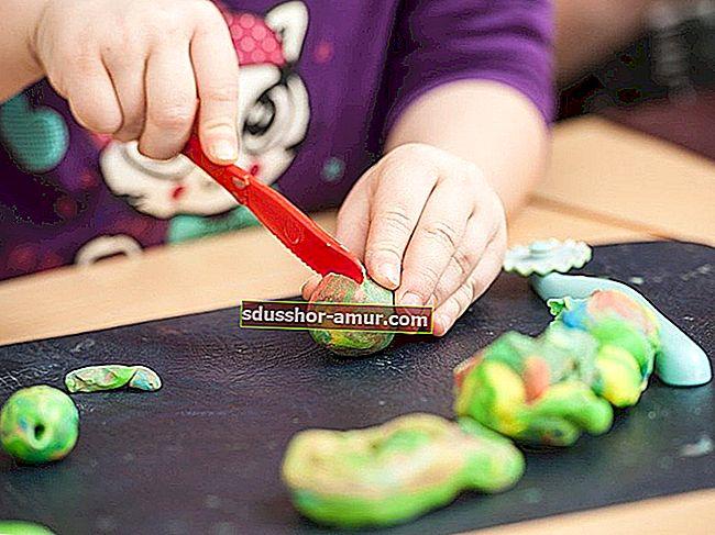 Как сделать безопасный, 100% натуральный пластилин для ваших детей.