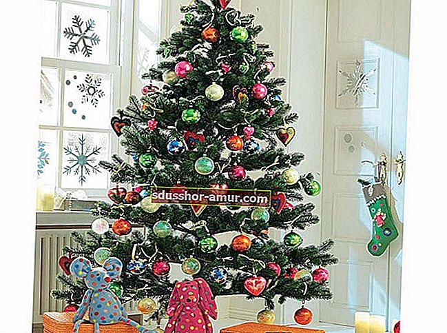 Почему выбирают светодиодные гирлянды на Рождество?