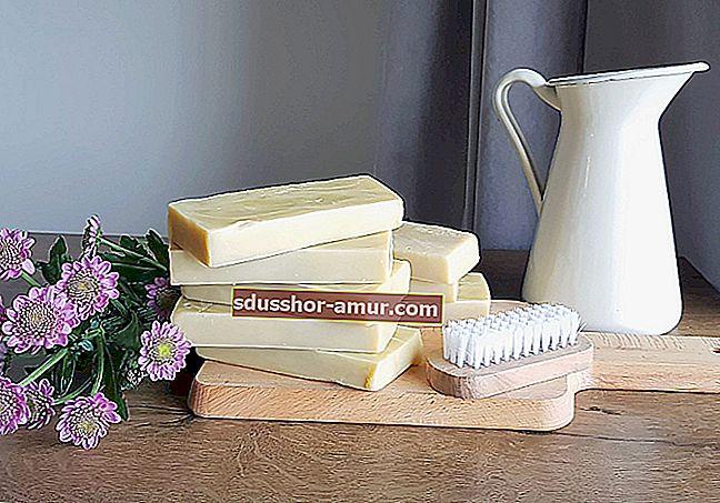 Простой рецепт домашнего лимонного мыла.
