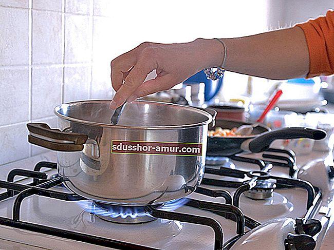 Как легко почистить газовые горелки.