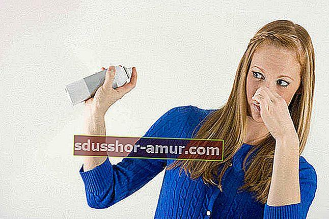 Как избавиться от затхлого запаха в шкафах?