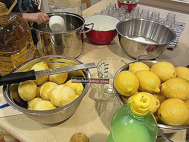 Больше не нужно покупать шампунь! Вместо этого используйте пищевую соду и яблочный уксус.