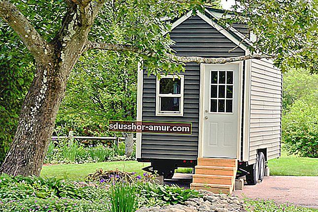 Ova kuća na kotačima opremljena je svom udobnošću i može spavati 6 osoba!