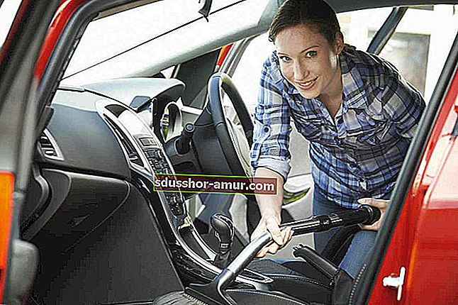 Вот новый совет по очистке автомобильных фар.